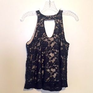 January 7 black floral lace sleeveless top small